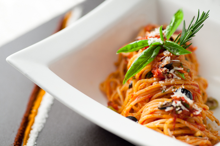 Food Photography: Pasta Arrabiata | MuG Shots Photography